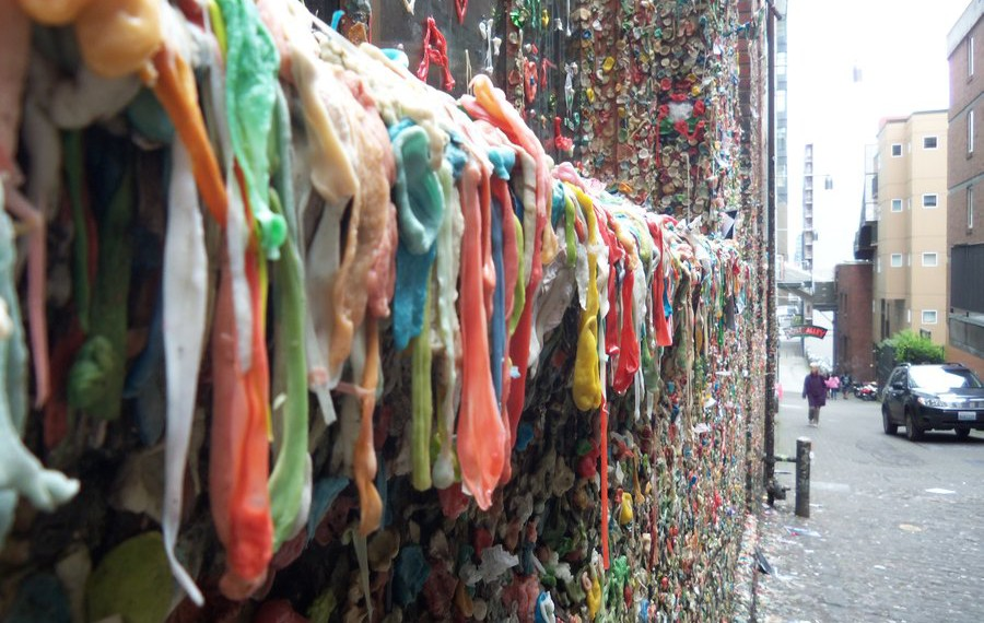 beautiful_things__gum_wall__seattle__by_nathangolden0386-d5cf9gv