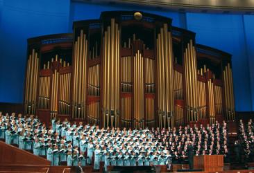 1280px-Choir_CC-1